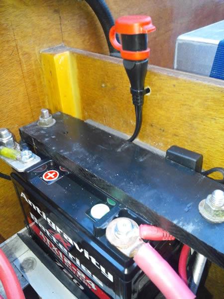 Powerboat 54 Antigravity ATX12-24 Battery Install