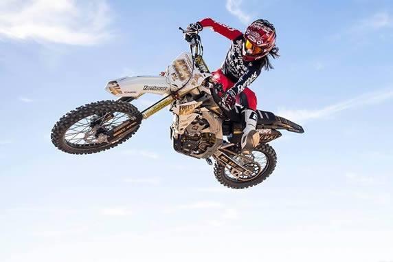 Vicki Golden, Antigravity Rider